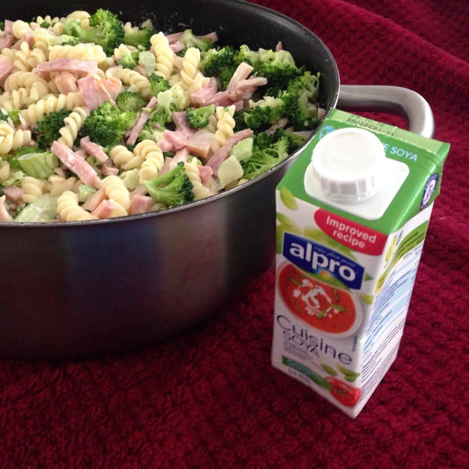 Snelle salade met alpro cuisine soya saus verrassend for Alpro soja cuisine