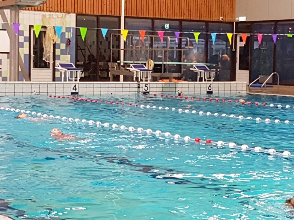 Hoe overleef je de zwemlessen? 8 tips!